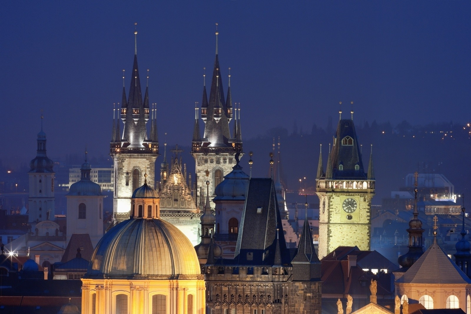 Alqush hotel near prague historical sights for Special places to stay prague